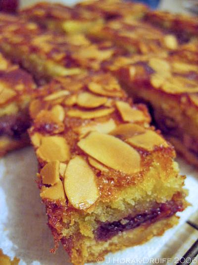 Nigella bakewell slices