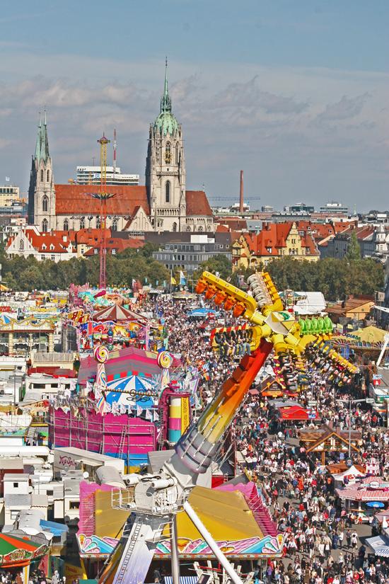 Munich-Oktoberfest-funfair © J Horak 2019