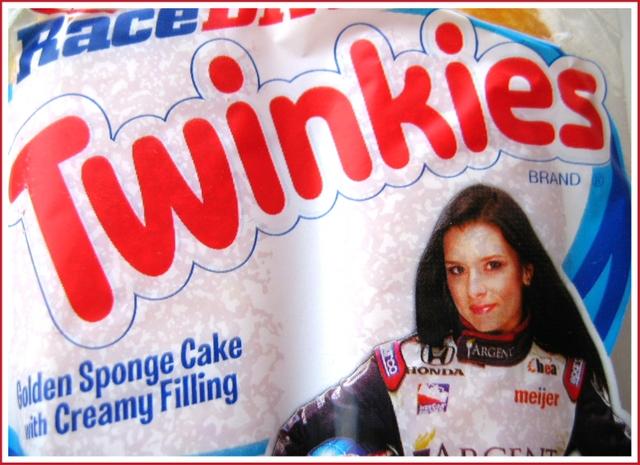 Hostess Twinkies packaging