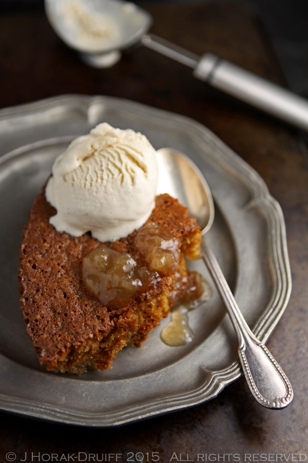 South African vinegar pudding with ice-cream