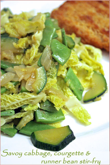 Savoy-cabbage-courgette-runnerbean-stirfry