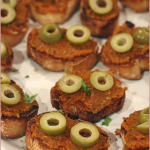 Sun-dried tomato crostini
