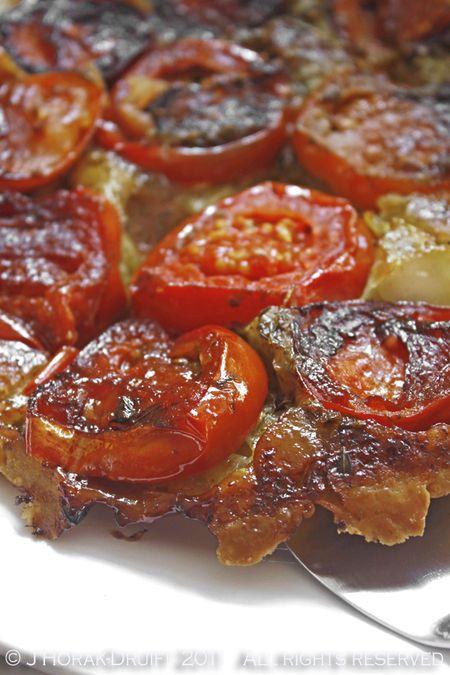 TomatoTarteTatin © J Horak-Druiff 2011