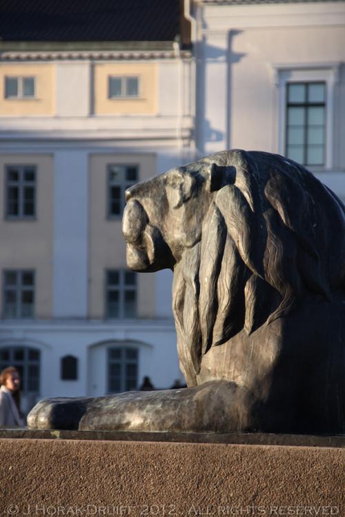 Gothenburg Lion © J Horak-Druiff 2012