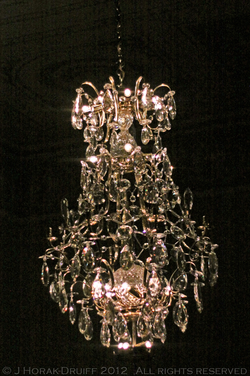 Swedish embassy chandelier © J Horak-Druiff 2012