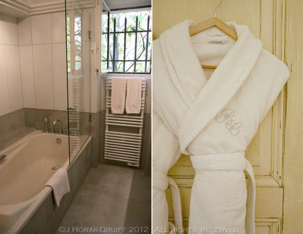 Bastide de Capelongue bathroom © J Horak-Druiff 2012