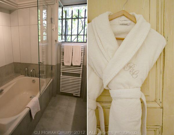 Bastide de Capelongue bathroom © J Horak-Druiff 2012