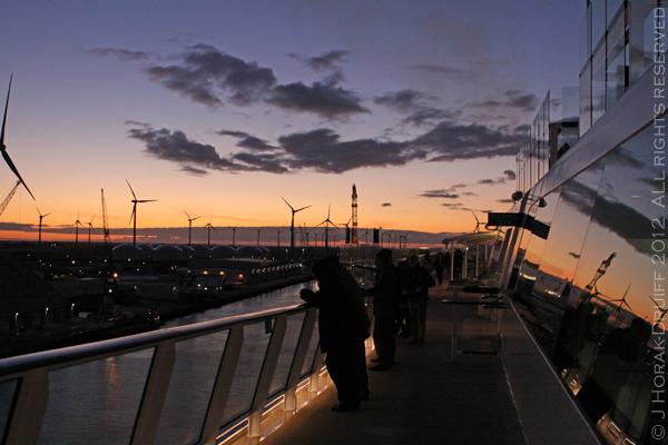 Celebrity Reflection departure 2 © J Horak-Druiff 2012