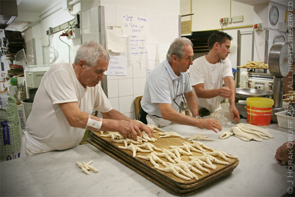 Ferrara bakery group © J Horak-Druiff 2012