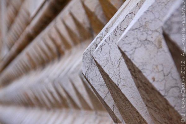 Ferrara Palazzo dei Diamanti detail 2 © J Horak-Druiff 2012