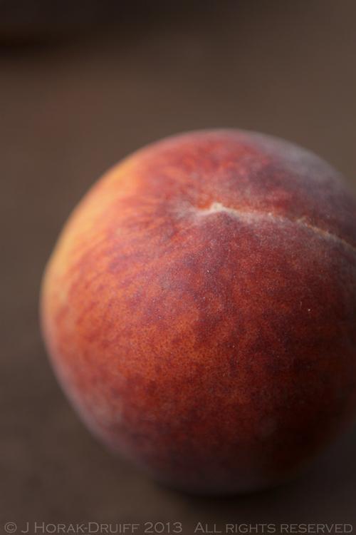 Peach 1 © J Horak-Druiff 2013