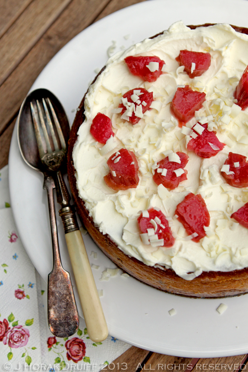 Post image for White chocolate cheesecake with rhubarb