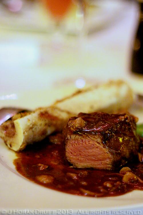 MeatCoWestfieldSteakCut © J Horak-Druiff 2013