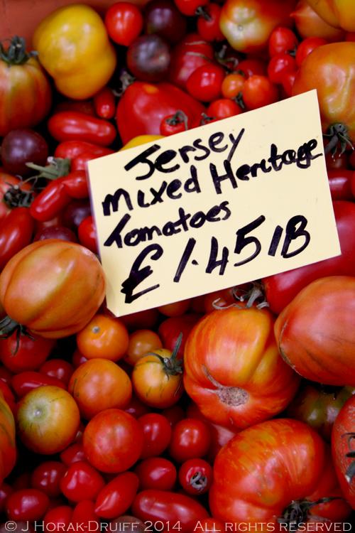 JerseyMarketTomatoes © J Horak-Druiff 2014