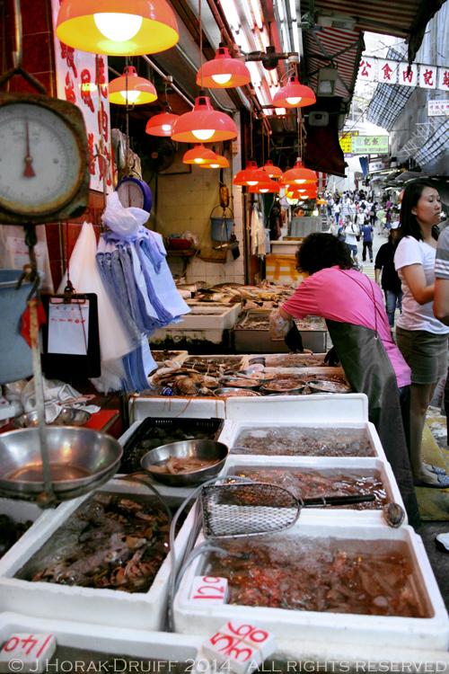 HKfoodietourfishmarket © J Horak-Druiff 2014