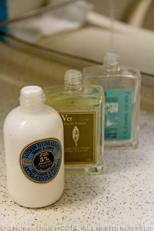 Singapore Airlines Business Class Toiletries