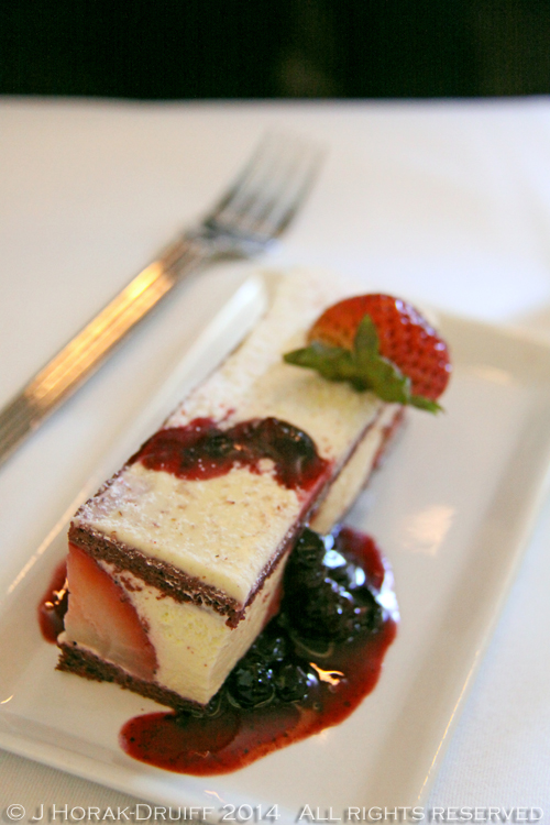 SingaporeAirlinesBusinessClassCheesecake