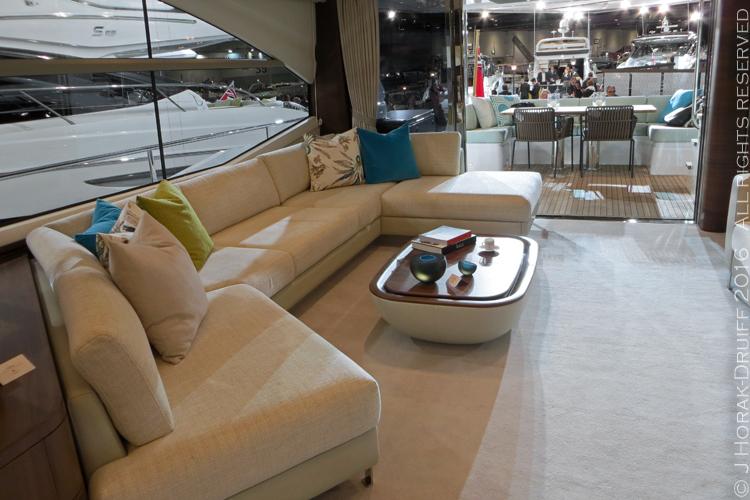 London-Boat-Show-Princess75-Lounge