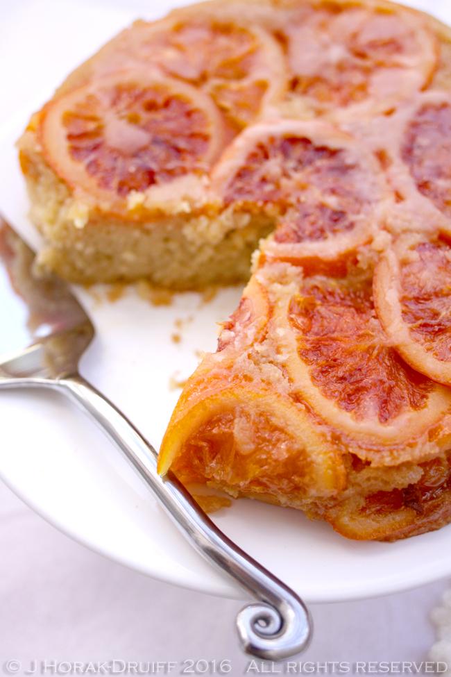 Blood_orange-cake-sliced