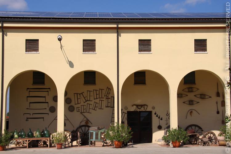 RovigoCorteCarrezabellaCourtyard1