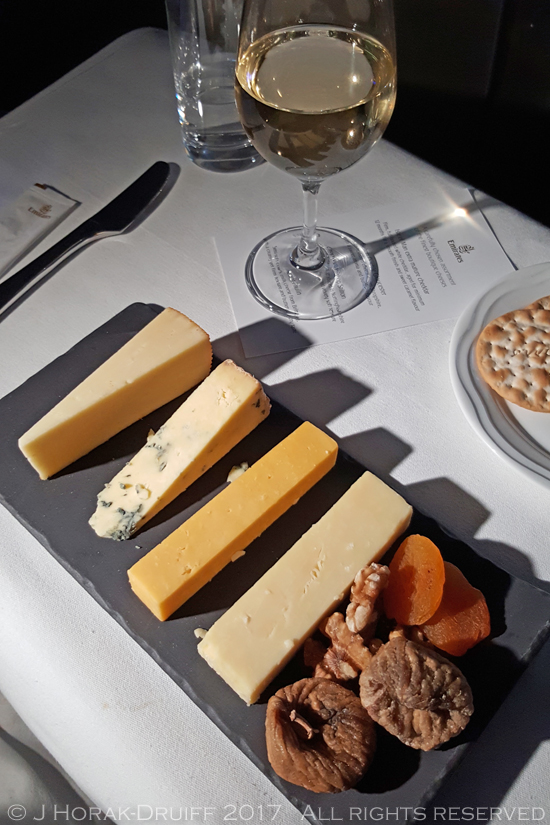 Emirates-Business-Class-Cheese
