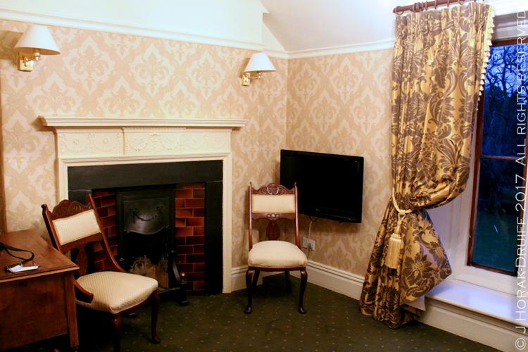 Wales-Parc-Le-Breos-Room3