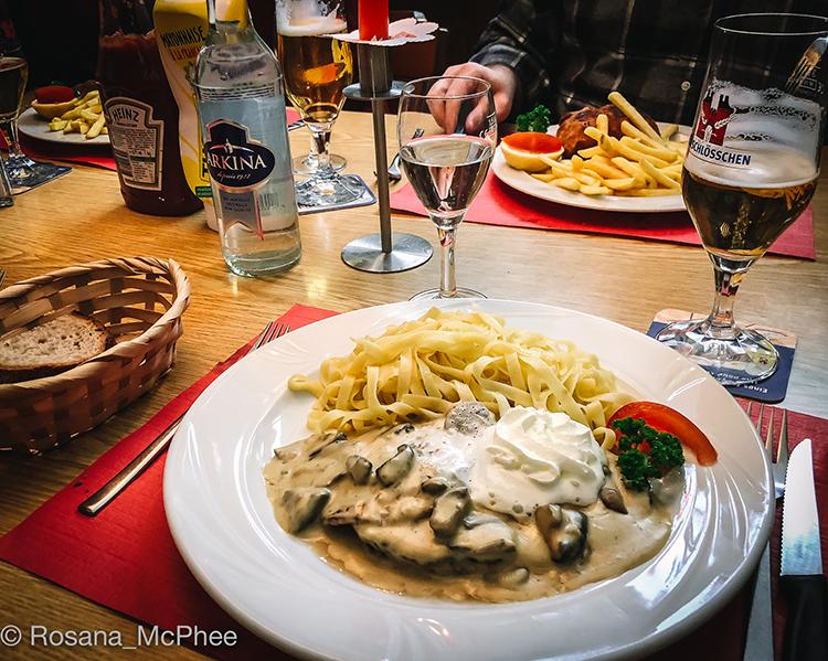 Basel-Eintracht-restaurant-©Rosana_McPhee